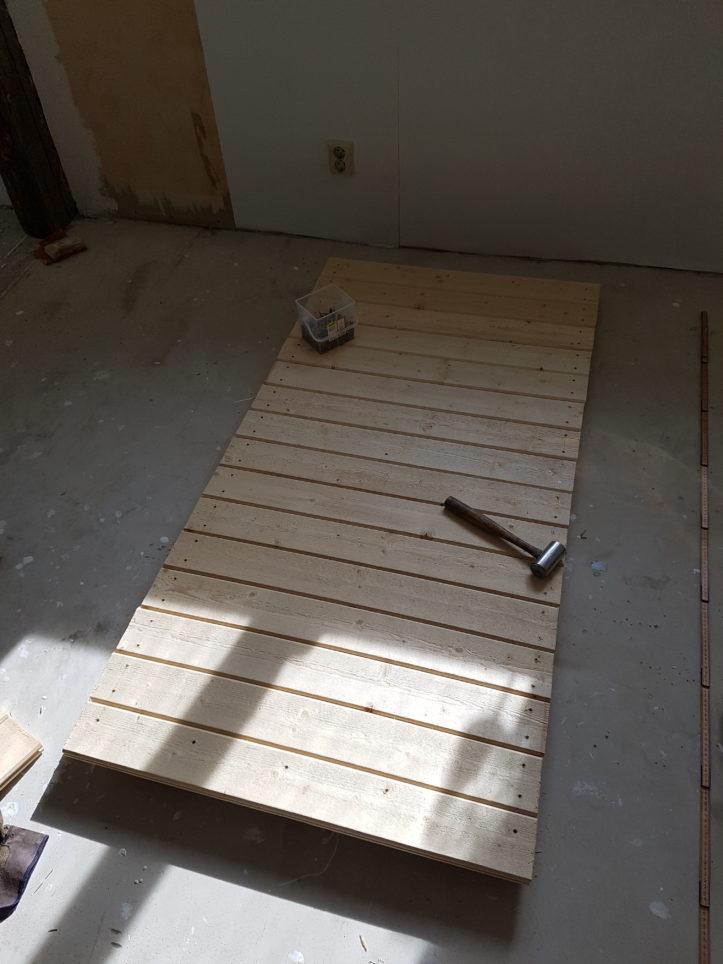 Bygga dörr till jordkällare steg 3
